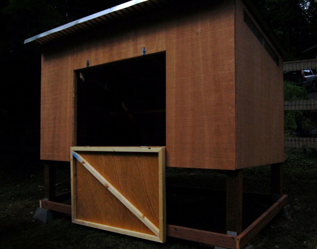 New chicken coop in the pasture