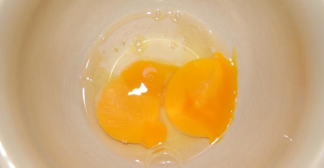 Double yolker
